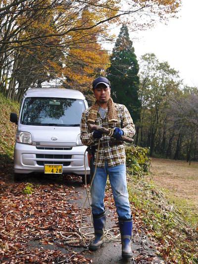 旬援隊のオリジナルブランド商品と、『原木しいたけ』の2年後の収穫へ向け伐採作業_a0254656_1651552.jpg