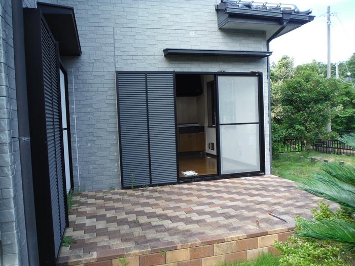 入居前リフォーム ~テラス屋根取り付け。_d0165368_2365465.jpg