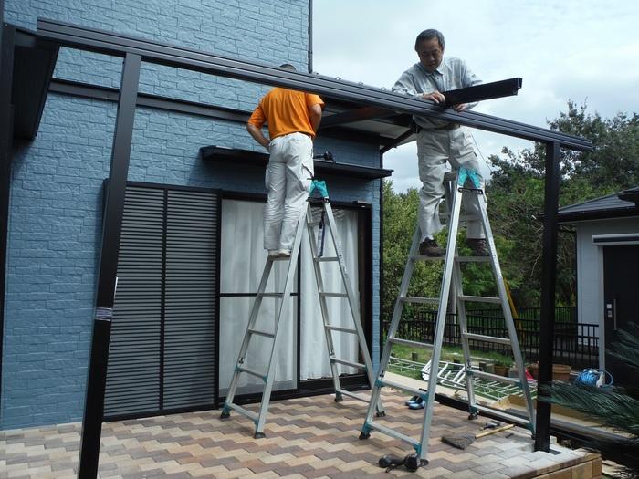 入居前リフォーム ~テラス屋根取り付け。_d0165368_2373645.jpg