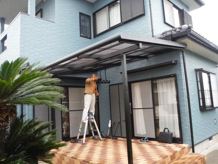 入居前リフォーム ~テラス屋根取り付け。_d0165368_238265.jpg
