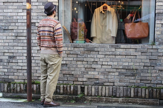 "ANACHRONORM ""CHINO TAPERED TROUSERS\"" ご紹介_f0191324_08581638.jpg"