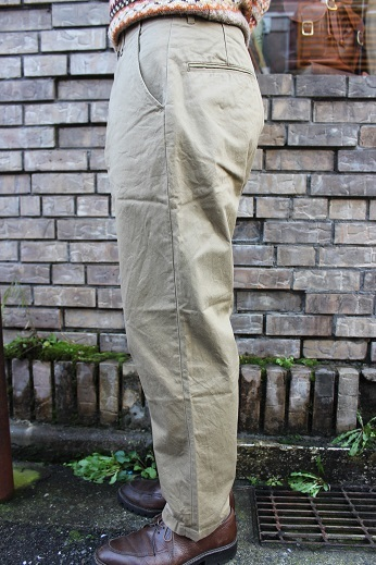 "ANACHRONORM ""CHINO TAPERED TROUSERS\"" ご紹介_f0191324_08584292.jpg"