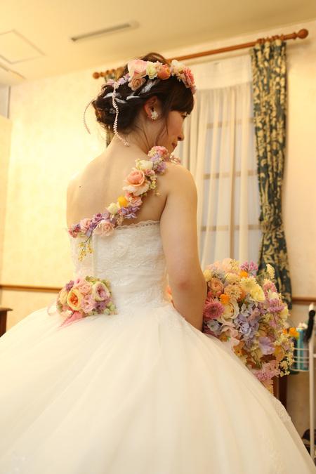 秋の装花 HANZOYA様へ、二人が過ごした7年の季節を、花で_a0042928_18235644.jpg