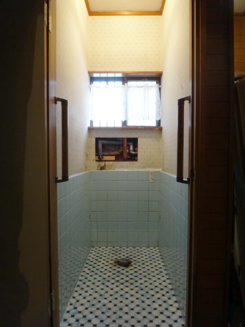M様邸トイレ改装工事_c0184295_152013100.jpg