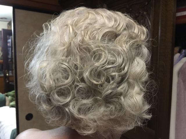 母の髪型_e0048332_2225531.jpg