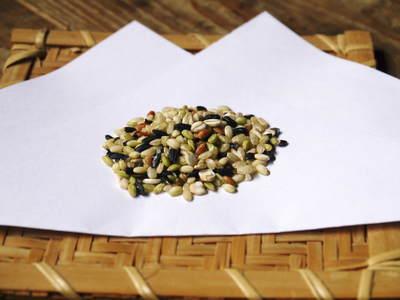 無農薬の『雑穀米』、『発芽玄米』 平成28年度の新米の『雑穀米』、『発芽玄米』大好評発売中!_a0254656_1643966.jpg
