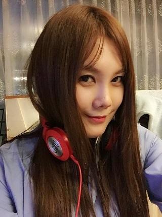 アラフォー セクシー歌手 キムヒョンジョン_f0158064_00332222.jpg