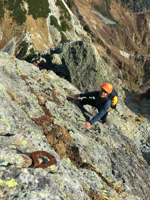 北穂高岳東稜&前穂高岳北尾根 Alpine Scrambling at Kitahodakadake and Maehotakadake 2016/10/12-13_b0220886_0234573.jpg