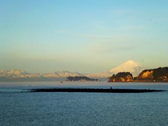 今朝の富士は真っ白でした。_c0195909_10533087.jpg