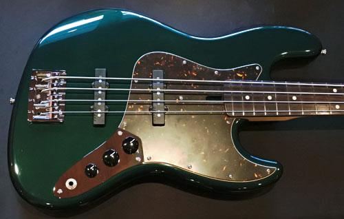 田中さんのオーダーの「Modern J-Bass #021」が完成!_e0053731_15371597.jpg