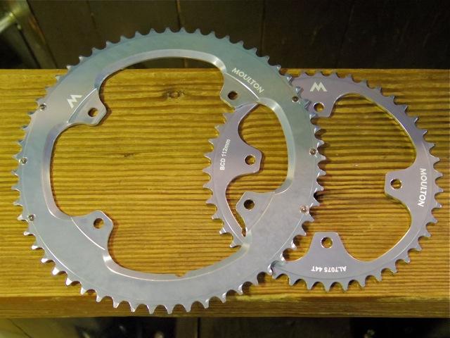 MOULTON Campagnolo BCD145mm Chainring Set [入荷情報]_e0132852_1312241.jpg