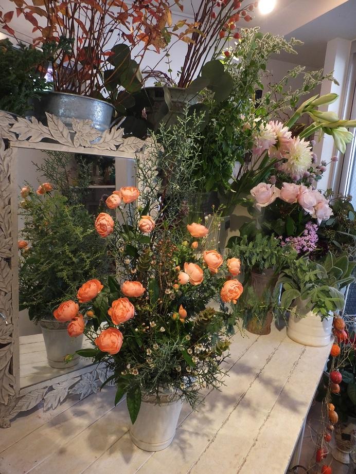 オークリーフ花の教室(加田さんの作品)_f0049672_18285173.jpg