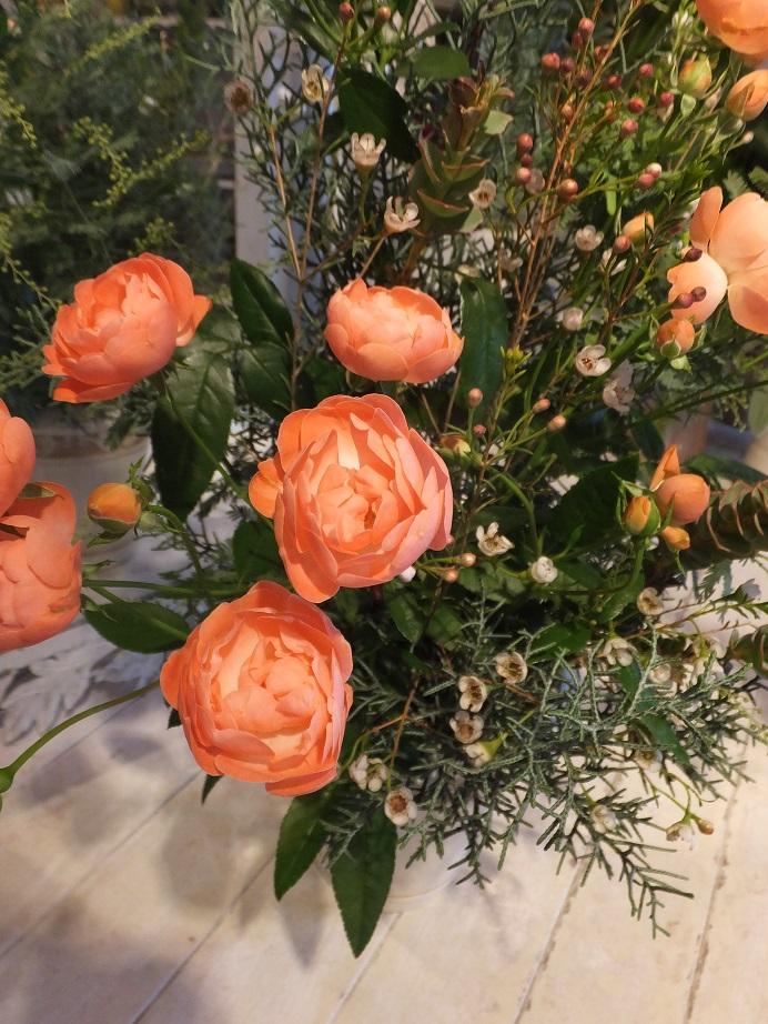 オークリーフ花の教室(加田さんの作品)_f0049672_1828598.jpg