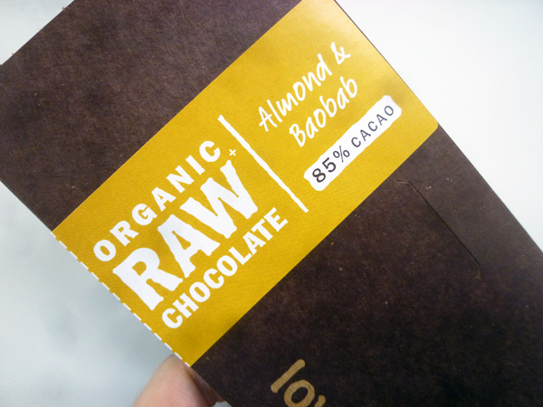 lovechock ORGANIC RAW CHOCOLATE Almond & Baobab_c0152767_22405116.jpg