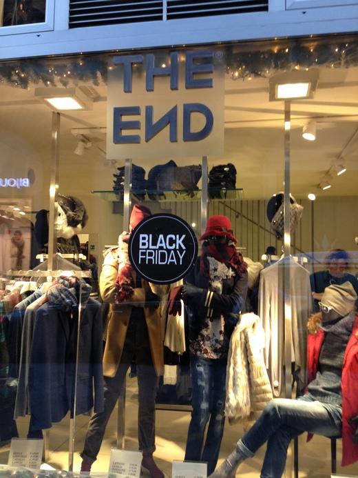 それぞれの『ブラック』フライデー_a0136671_1492451.jpg