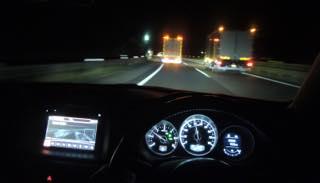 以前は楽々車中泊が出来たPA.SAも今ではトラックでほぼ満室...._b0194185_2238699.jpg