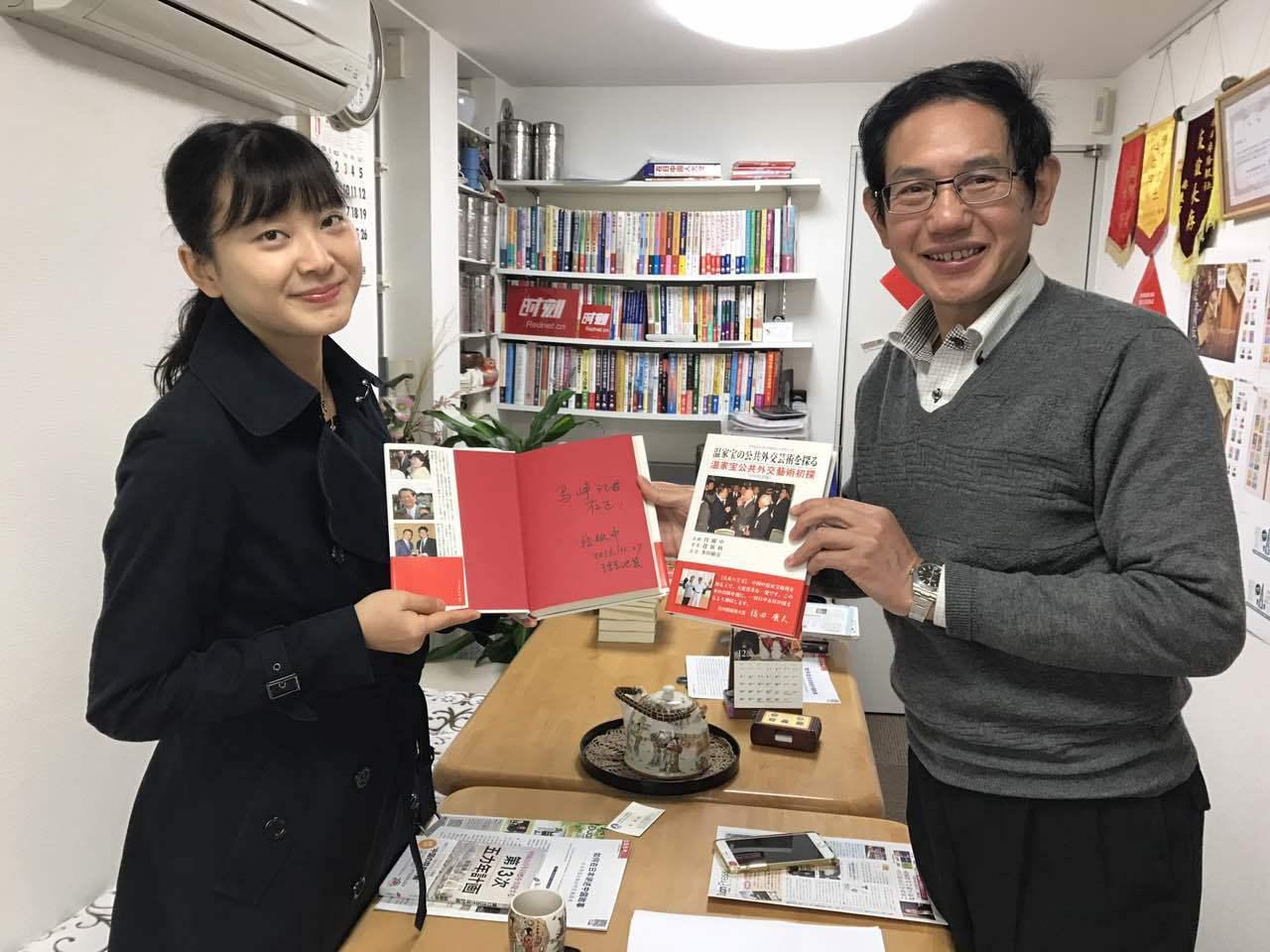 美女获奖者参加汉语角,美女记者采访汉语角_d0027795_19444563.jpg