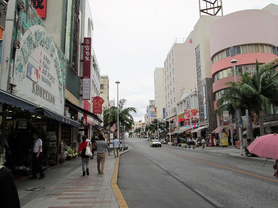 沖縄ツアー・その2(那覇飲み歩き)_f0050226_1532957.jpg