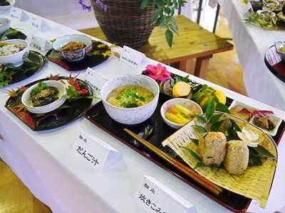 家庭料理大集合!『水源食の文化祭』2016 心温まる家庭料理が目白押し!(後編)_a0254656_17112378.jpg