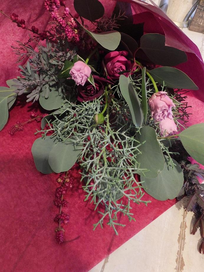 オークリーフ花の教室(落合さんと加田さんの作品)_f0049672_17452288.jpg