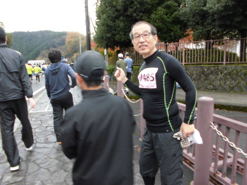 丹沢湖マラソン完走_e0240310_1818299.jpg