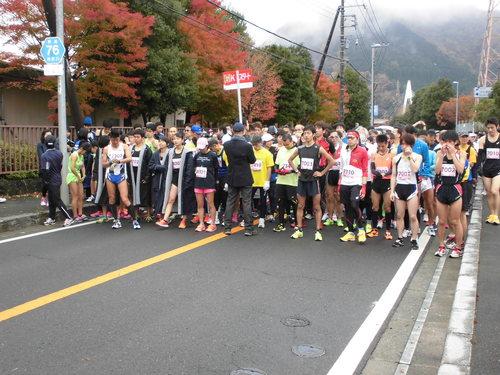 丹沢湖マラソン完走_e0240310_18201545.jpg