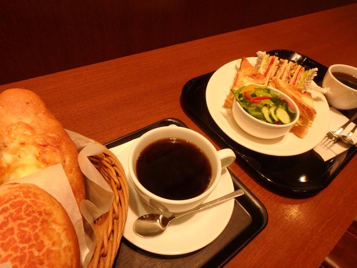餅は餅屋。パンはパン屋。_c0120834_08284153.jpg