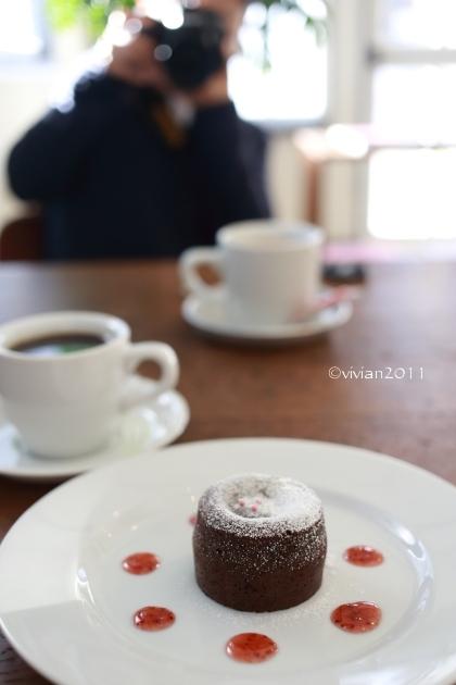 KALEIDO COFFEE(カレイド コーヒー) ~隠れていないけれど隠れ家のようなコーヒー店~_e0227942_21564223.jpg