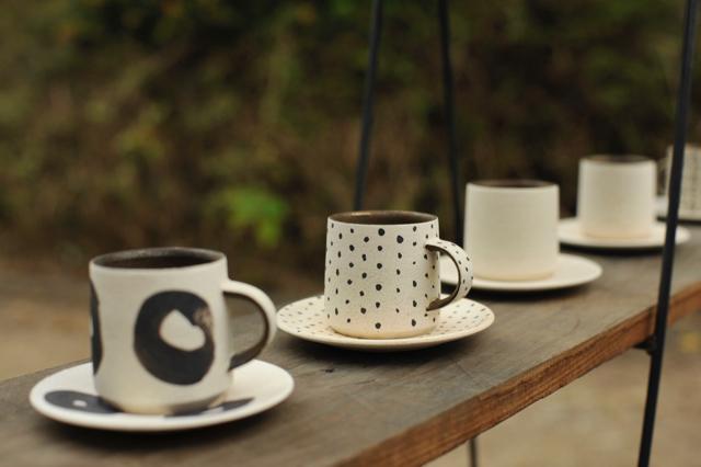 「コーヒーカップダイアリーズ」出展者のご紹介 阿部有希さん。_e0060555_15153554.jpg