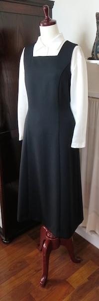 ジャンパースカート『黒・スクエアN』_f0182167_14534175.jpg