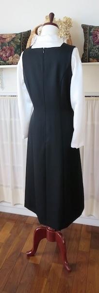 ジャンパースカート『黒・スクエアN』_f0182167_14540010.jpg