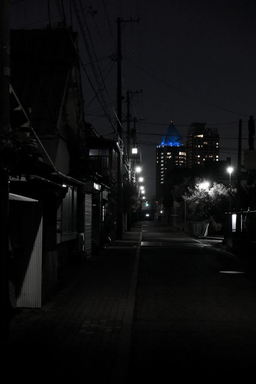 夜_e0169421_21552440.jpg