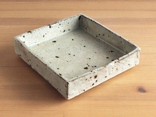 八田亨さんの六寸(前後)の鉢をアップしました。_a0026127_18422441.jpg