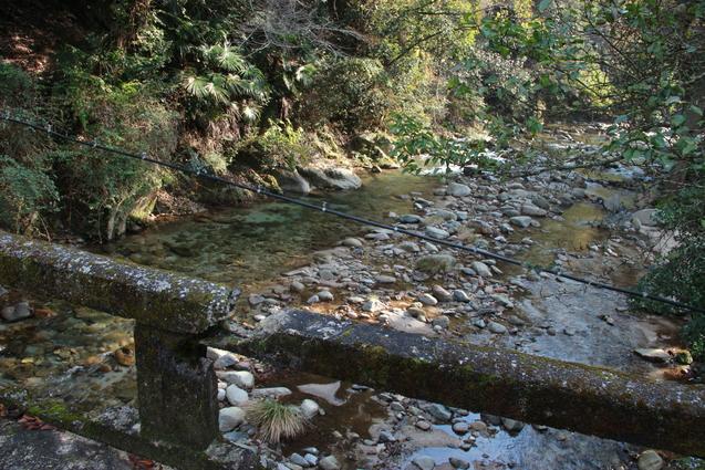 鈍川渓谷の釣り堀  門岡養魚場_f0098083_23255485.jpg