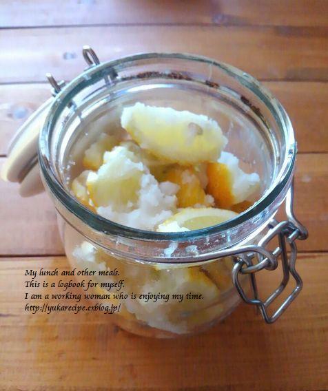 12.2 【レシピ付】蒸しエビの塩レモン焼きと格子そぼろ弁当_e0274872_23130045.jpg