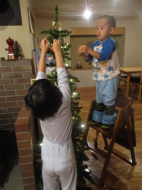 12月2日(金)・・・クリスマスケーキご予約開始!_f0202703_18495337.jpg