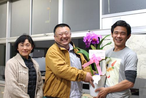 11/2 ガンの撮影_カトレアの山野井洋蘭 / Gan\'s shooting at Yamanoi Orchid Farm_a0216706_1723480.jpg