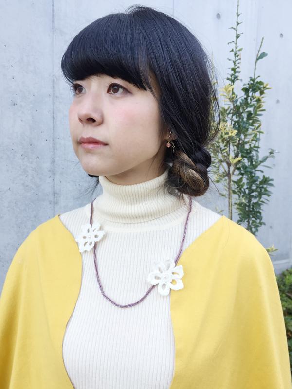 手編みのお花とパールのネックレス (4259)_e0104046_3143959.jpg