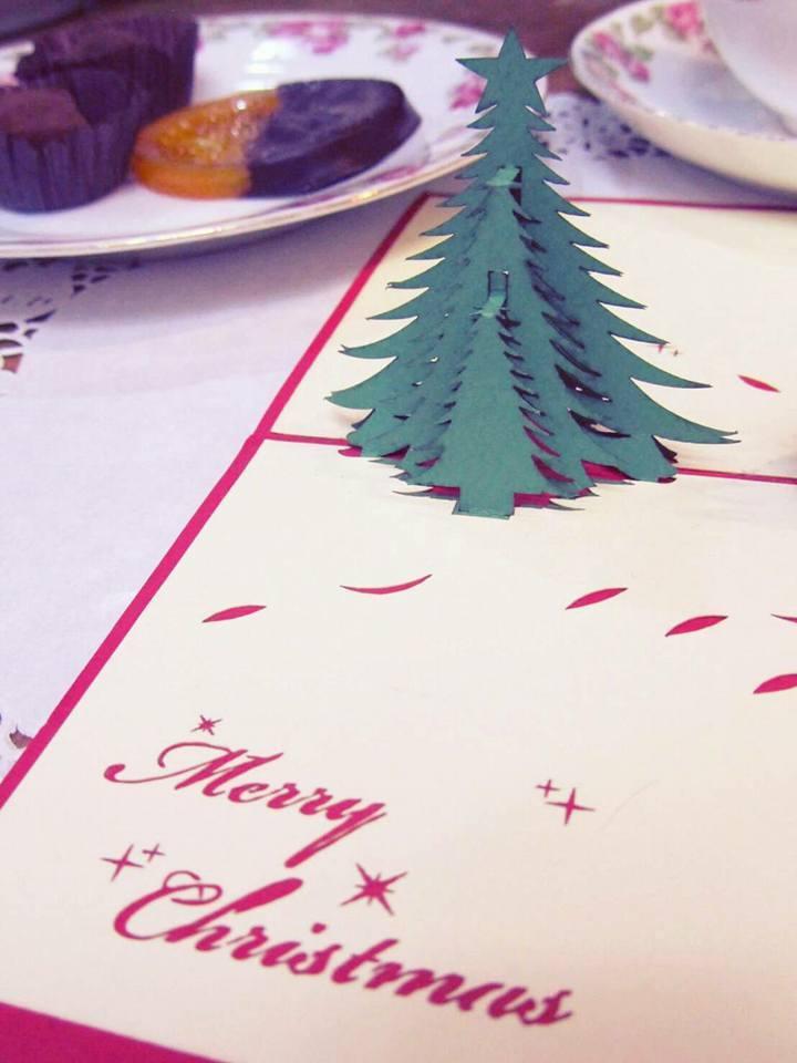 ミニチュア・アドヴェントクランツに 可憐な祈りを捧げる クリスマスアドベント。。☆☆*:.。.☆*†_a0053662_18272993.jpg