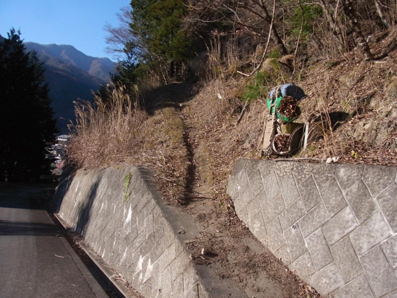 2015/12/18 乾徳山 道満山 04_d0233770_2338229.jpg