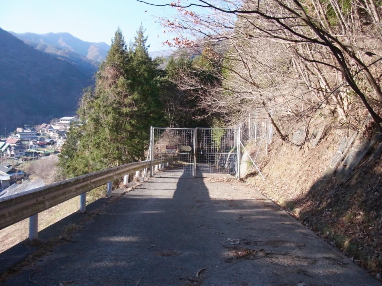 2015/12/18 乾徳山 道満山 04_d0233770_23402989.jpg