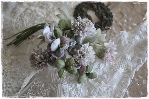 布花の販売はじました。_a0094675_1015518.jpg
