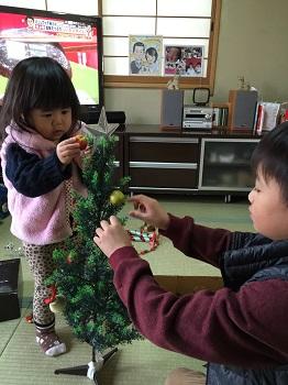 12月になりました~☆ クリスマスツリー準備でちゅ~!!_e0123286_18573146.jpg