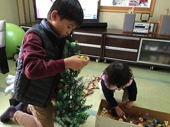 12月になりました~☆ クリスマスツリー準備でちゅ~!!_e0123286_1857415.jpg