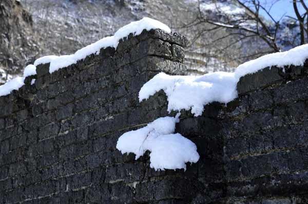 足尾のカラミ煉瓦塀_f0173596_10404996.jpg