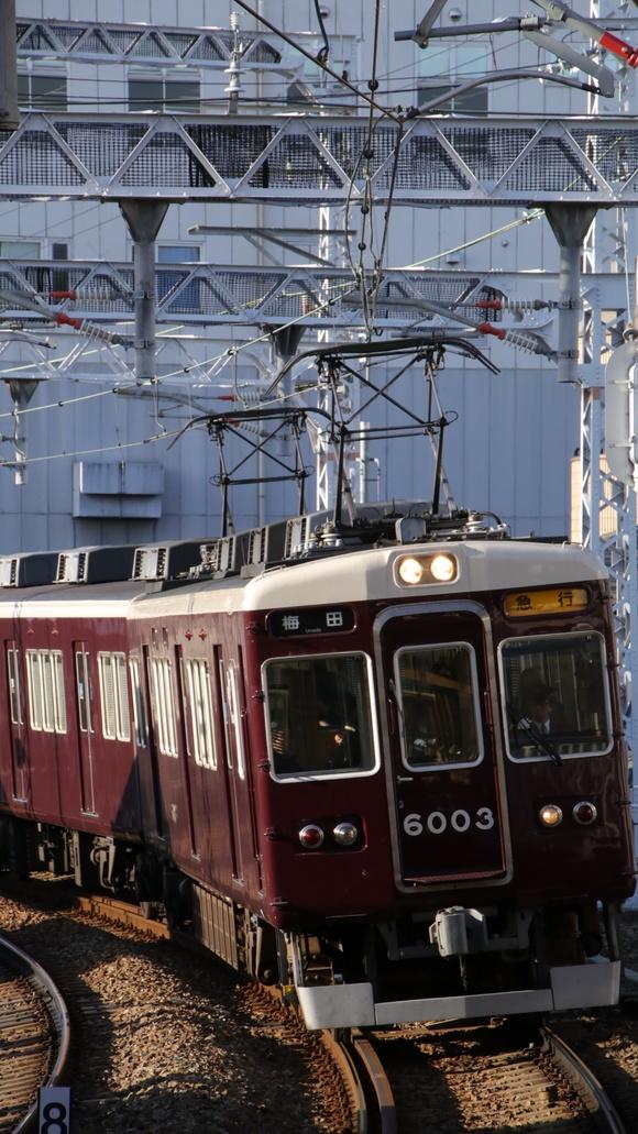 阪急6003F 石橋駅_d0202264_20551568.jpg