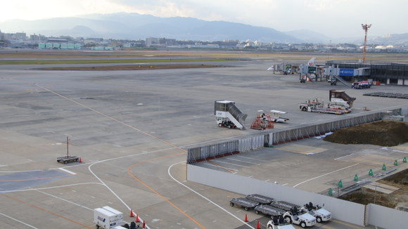 伊丹空港ITM リニューアル工事??_d0202264_20563472.jpg