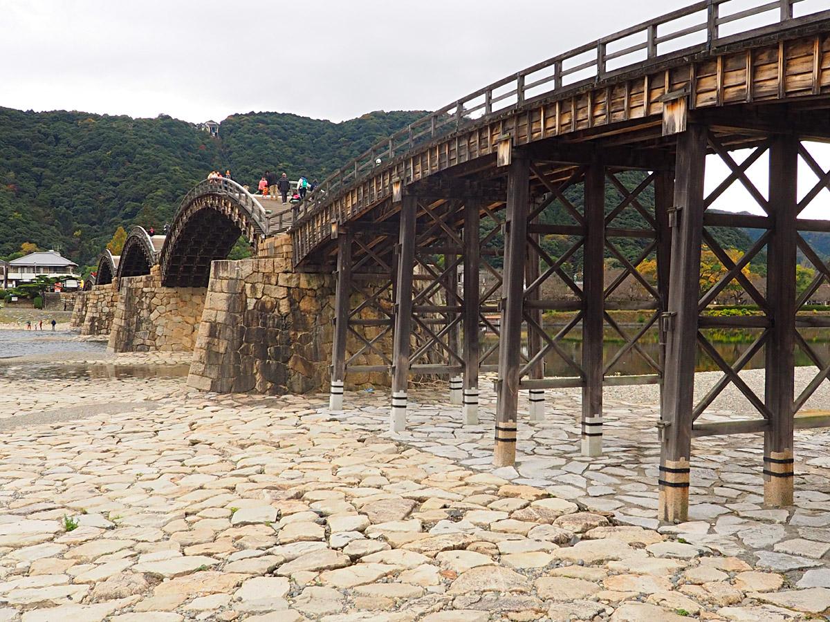 錦帯橋と岩国城_d0283373_16592288.jpg