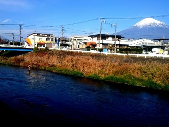富士の湧水 ライズ日和_f0266202_16091995.jpg