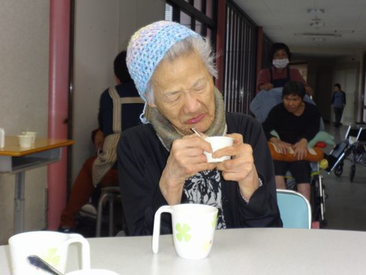 12/4 日曜喫茶_a0154110_15515932.jpg
